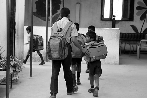 boys_to_school_backpack